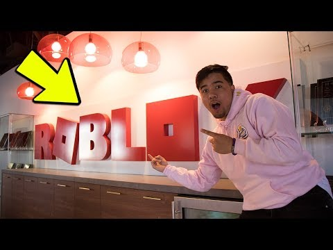 SNEAKING INTO ROBLOX HQ AS AN EMPLOYEE! (Roblox IRL)