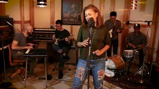 Baixar A Thousand Miles - Vanessa Carlton - FUNK Cover feat. India Carney!