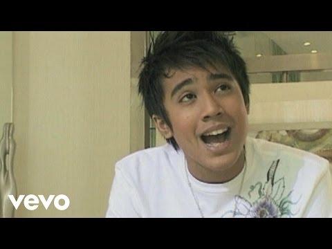 Aliff Aziz - Ku Sendiri (Music Video)