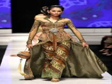 Model Gaun Pesta Batik Kombinasi Brokat