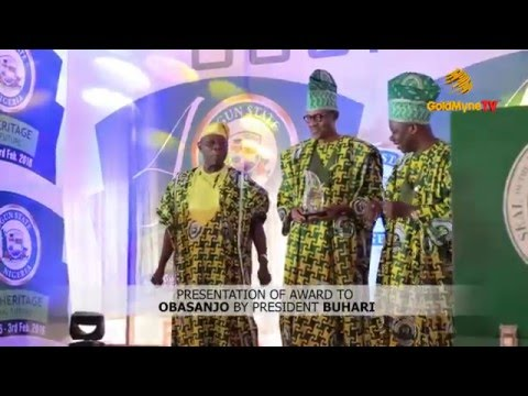 OBJ'S SPECIAL DANCE AS PRESIDENT BUHARI PRESENTS #OGUNAT40 HONOURARY AWARD TO HIM