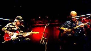 "Geoff & Amos Live in Osaka   ""Small Town Talk"""