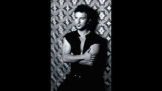 Watch Tarkan In Your Eyes video