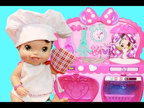 Baby Alive Plays Minnie Mouse Play Kitchen with Dishwasher - YouTube