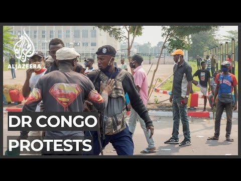 DR Congo police use tear gas on protesters outside parliament