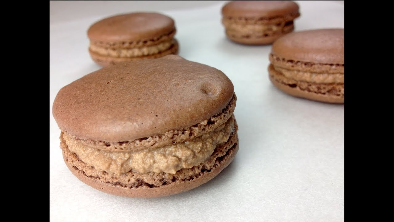 Nutella & Chocolate MACARONS