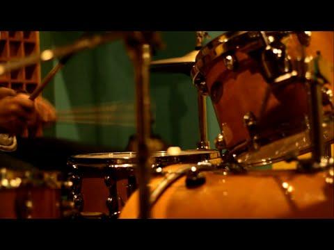 Anji - Dia - Rock Cover by Jeje GuitarAddict ft Resnu Andika Swara (of Last Crying)