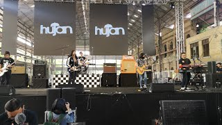 Download lagu Hujan - House of Vans