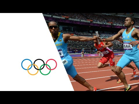 Manteo Mitchell (USA) Breaks Leg During 4 x 400m Relay - London 2012 Olympics