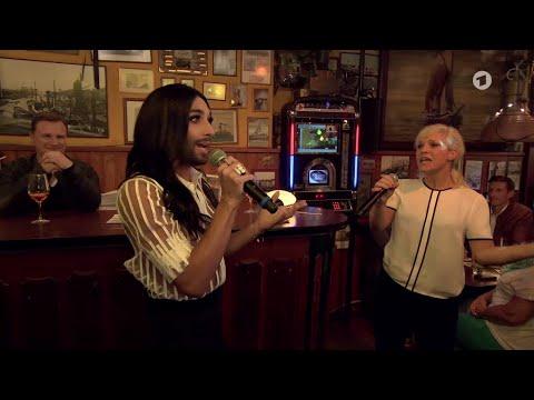 Conchita Wurst (Inas Nacht, ARD, 31.10.2015)