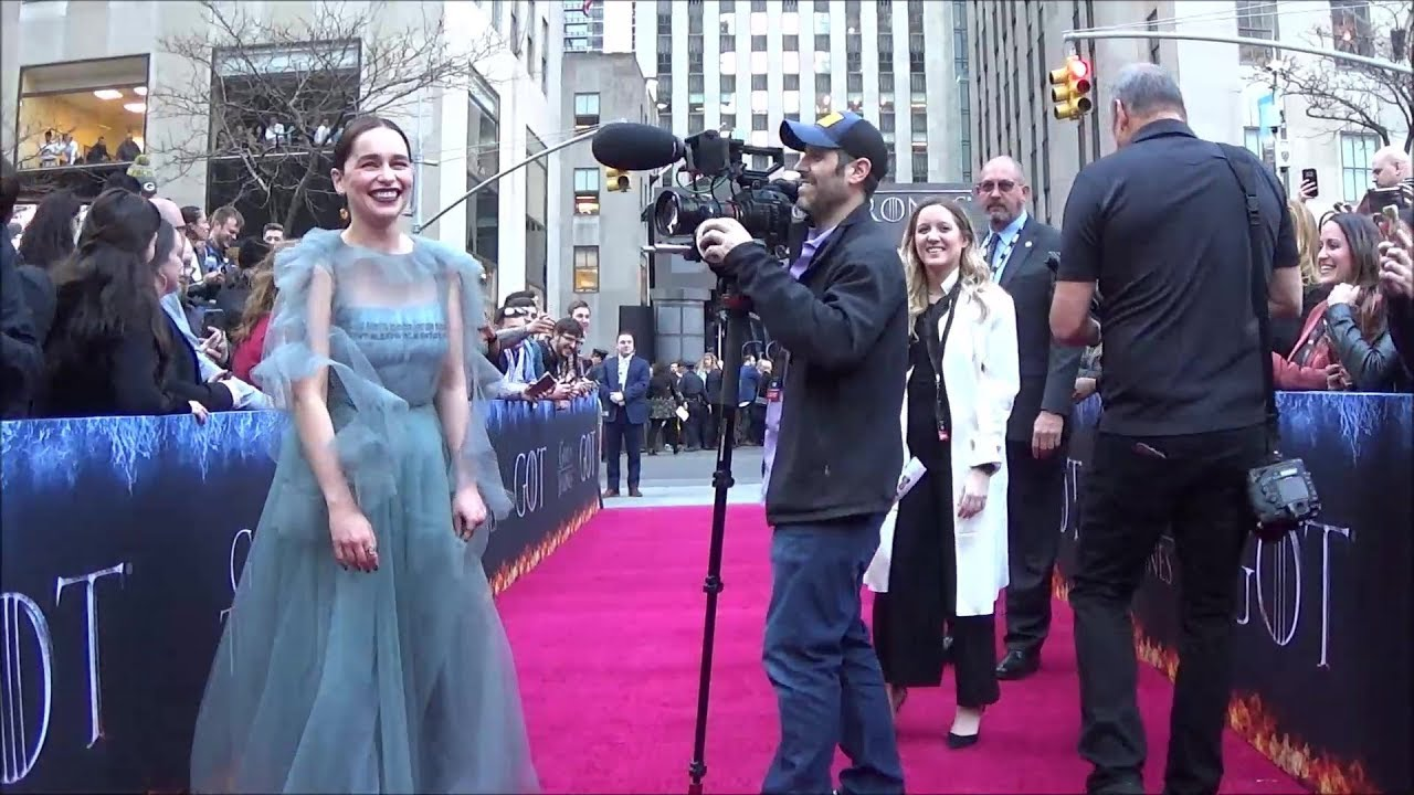Download GAME OF THRONES Cast Visits the Fan Zone at the NYC Final Season Premiere