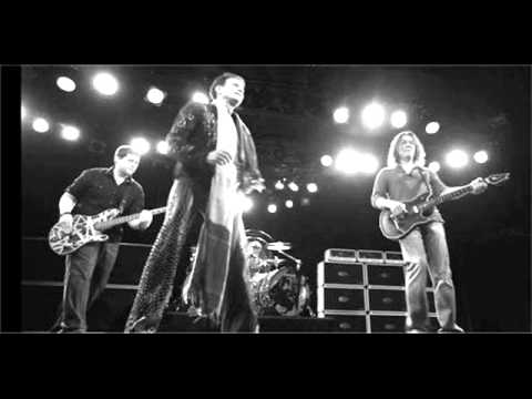 NEW OLD VAN HALEN - LET'S GET ROCKIN' / OUTTA SPACE - LIVE - 1976