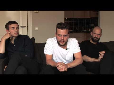 White Lies interview (part 1) - YouTube