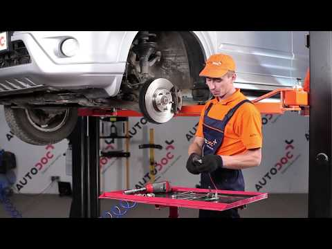 How to replace Front Anti Roll Bar Link on HONDA CR-V 2 TUTORIAL | AUTODOC