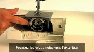 Machine a coudre TOYOTA série RS2000: Démontage de la coursière en métal