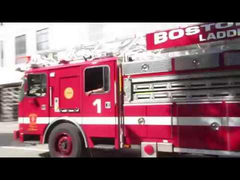 Boston Ladder 19 and Engine 2 Responding [Hi-Lo] - YouTube