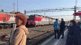 シベリア鉄道の長大貨物列車 イルクーツク駅通過