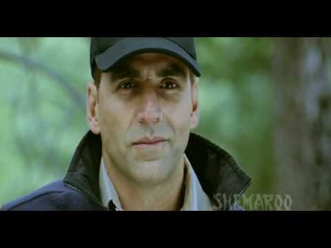 Akshay Kumar Pulls Off A Dangerous Action...