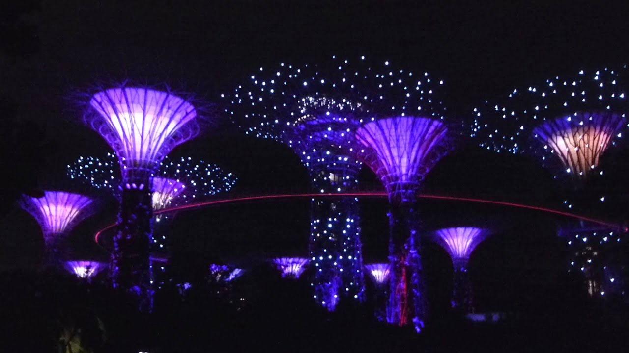 garden rhapsody light and sound show 09012015 gardens by the bay singapore youtube