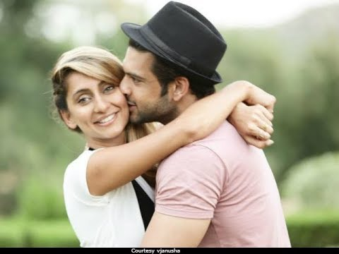Indian television love birds Karan Kundra and Anusha Dandekar get romantic