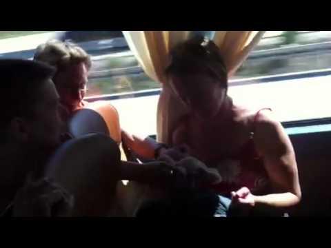 Frauen im bus flirten