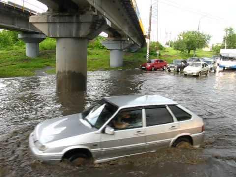 24.06.2013 лужа после дождя, Саратов, район ВСО