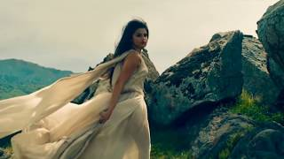 Gambar cover Selena Gomez & Marshmello - Wolves (Sneek Remix) (Music Video)