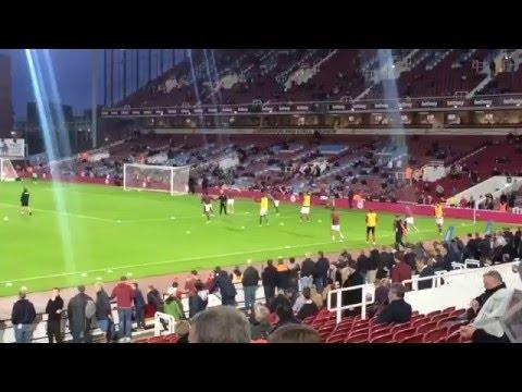 Il Riscaldamento Pre-gara  Del West Ham United F.C.