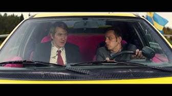 NAPAPIIRIN SANKARIT 2 -elokuvan virallinen trailer. Elokuvateattereissa 30.9.2015