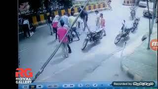 नई दिल्ली में भयानक दुर्घटना. New Delhi  Road Accident Women Dead