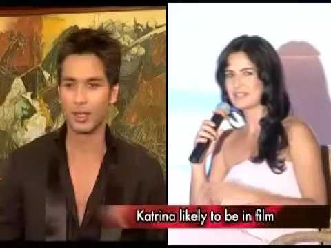 Shahid Kapoor And Katrina Kaif Kissing Shahid Kapoor w...