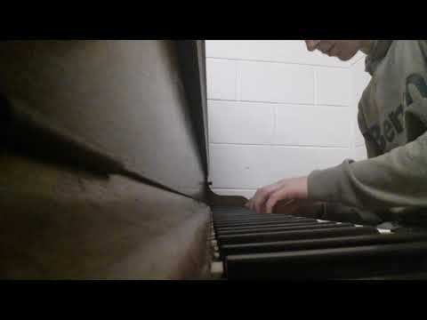 Playing a (slightly broken) piano at school // Joep Beving medley