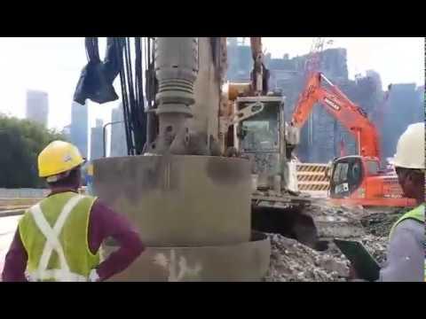 MRT SIngapore, Bore Pile Construction ,Civil Engineering activities meet world standart