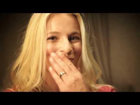 TV Spot Ragusa Blond con ZiBBZ e Lara Gut