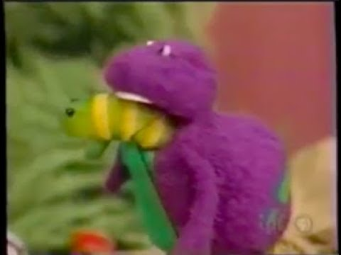 Barney the Dinosaur referenced in Sesame Street