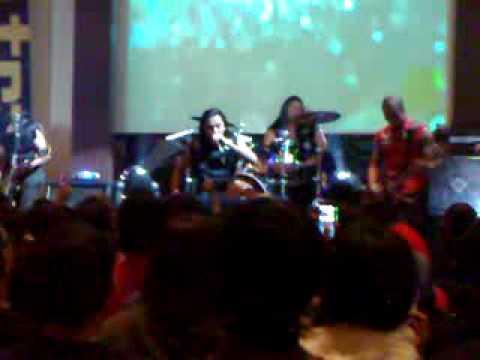 Koil - Mendekati Surga LIVE @Traxkustik 280609