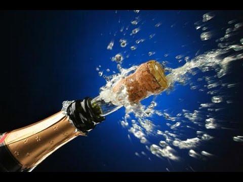 Выстрел шампанского в натяжной потолок