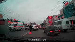Последствия тройного ДТП со скорой помощью в Омске (21.09.2017)