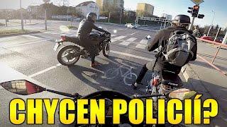 MOTOVLOG - CHYCEN POLICIÍ BEZ ŘIDIČÁKU!