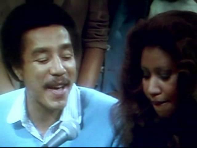 Aretha Franklin & Smokey Robinson | Ooo Baby Baby LIVE 1979