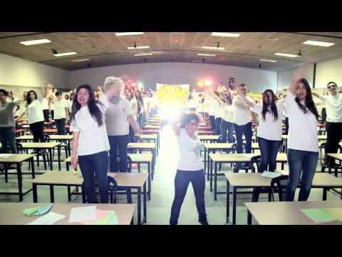 """LIPDUB ALBA 2013 - """"ELLE ME DIT"""""""