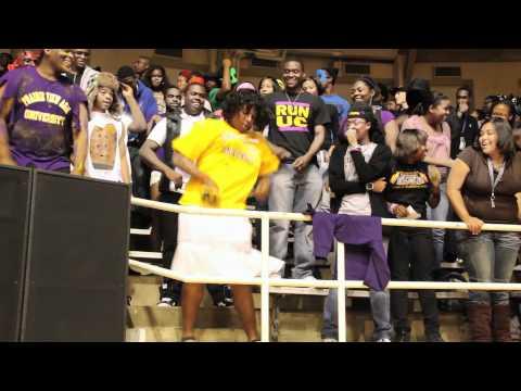 Yung Nation Club Rockin' PV Fan in Costume(PV UNEDITED)