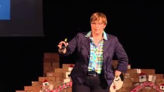 Družba nadzora pomeni konec družbe razvoja! | Nataša Pirc Musar | TEDxNovaGorica