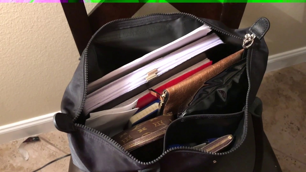 85e04f2220 What's in my Bag?// Longchamp Neo Le Pliage Large - YouTube