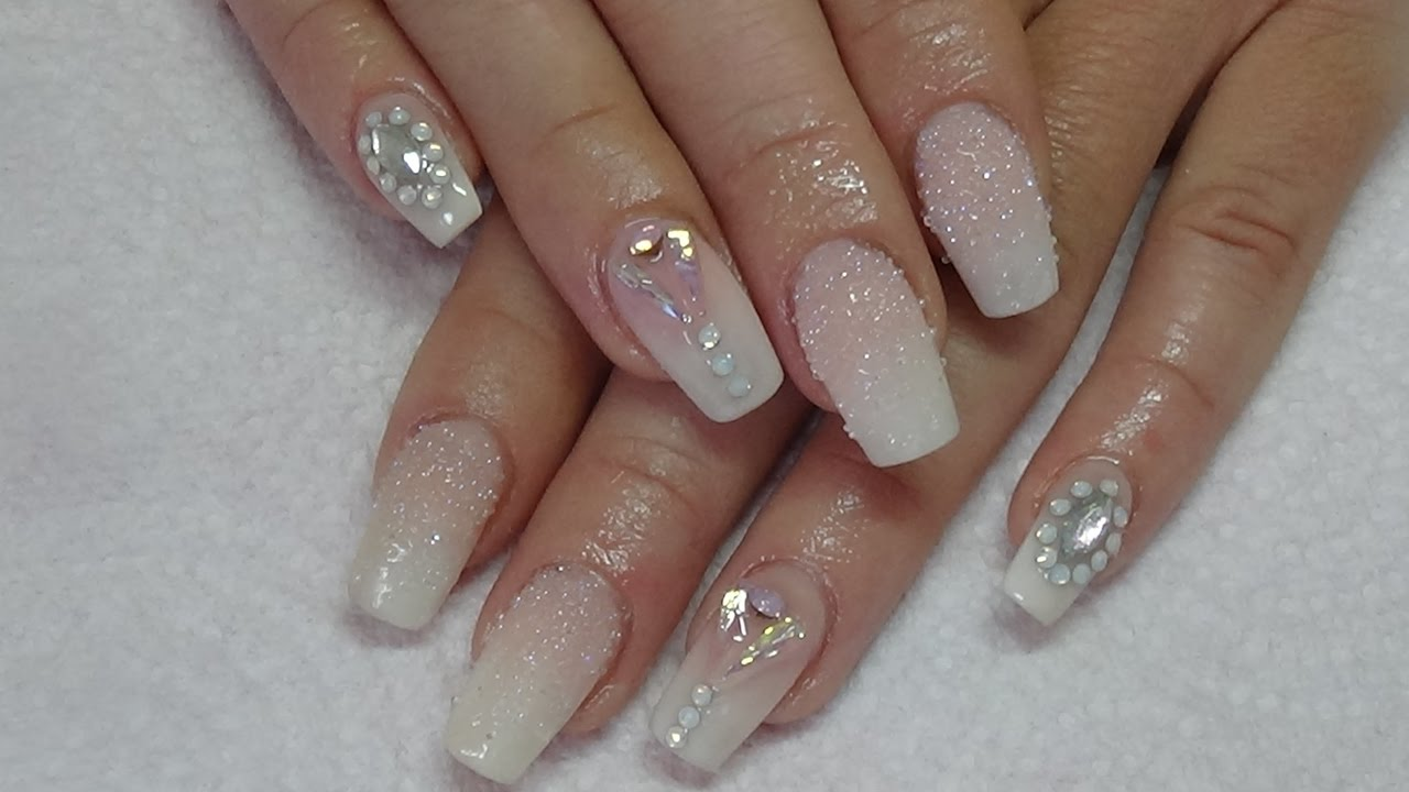 Ombre acrylic nails with crystal pixie - YouTube