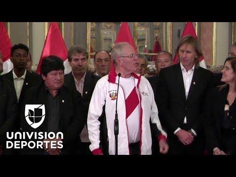 Presidente de Perú Pedro Pablo Kuczynski recibió espectacularmente a la selección peruana