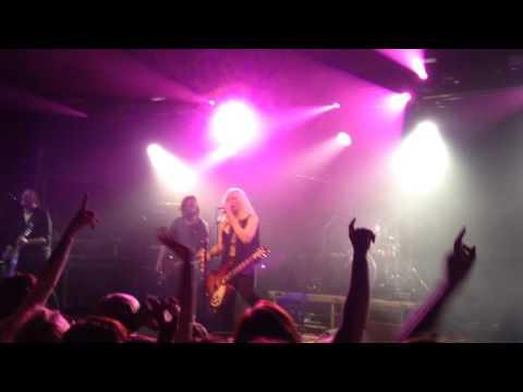 Courtney Love - Violet