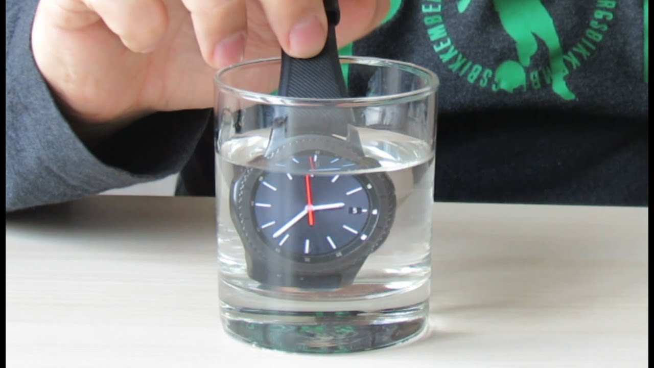 differently b3b64 89292 Samsung Gear S3 Frontier - Waterproof test