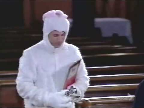 "Funny Bunny on ""Howie Do It"" pilot episode"