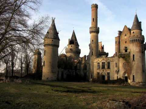 photo chateau abandonne a vendre en france